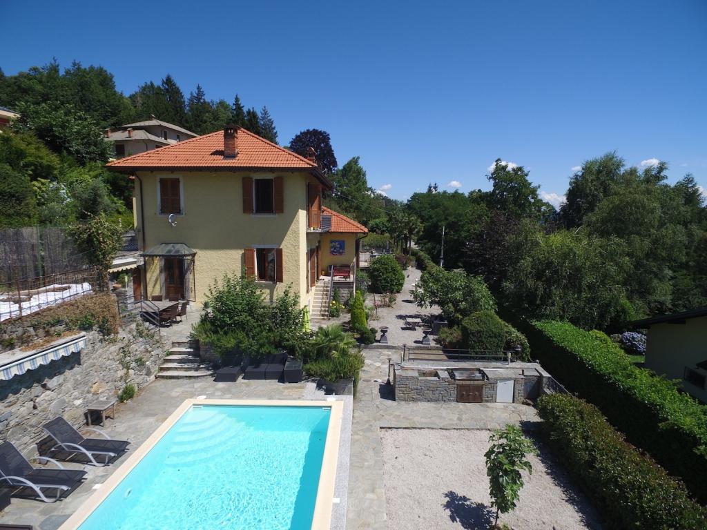 Villa Del 1900 Con Laghetto E Piscina